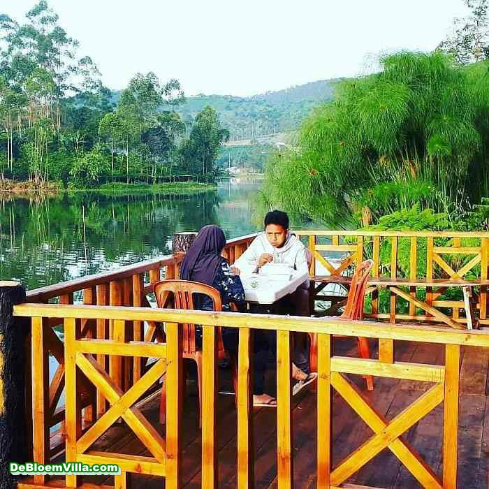 De Bloem Cottage Pangalengan Bandung Selatan